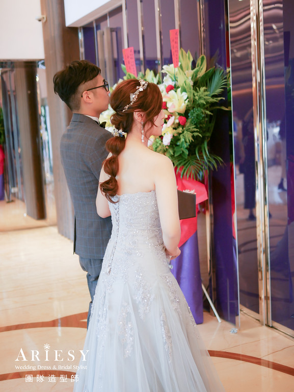 敬酒造型,歐美新娘,新娘髮型,銀色禮服造型,新莊新秘