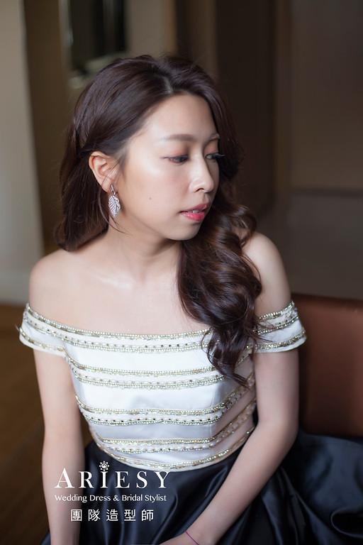 台北新祕,新娘秘書,新娘造型,自然清透妝感,推薦新祕,放髮造型,新娘髮型