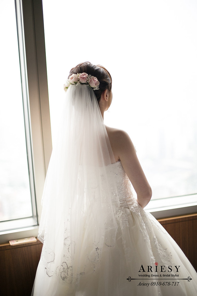 新娘秘書,自然新娘妝感,白紗造型,鮮花迎娶造型,新秘作品
