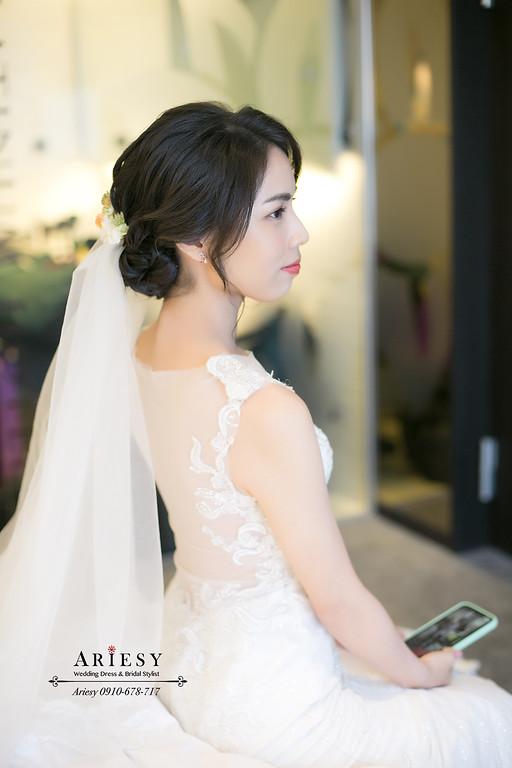 白紗造型,台北新秘,新娘秘書,ARIESY,愛瑞思,白金花園婚禮戶外儀式鮮花造型