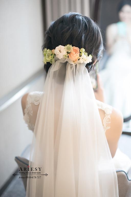黑髮白紗造型,台北新秘,新娘秘書,ARIESY,愛瑞思,白金花園婚禮戶外儀式鮮花造型