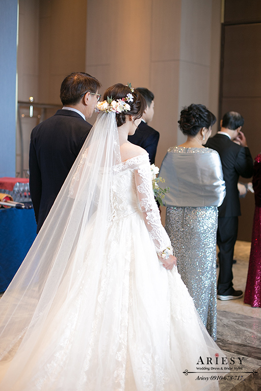 單眼皮新娘,白紗髮型,新秘,新娘秘書,鮮花編髮造型,格萊天漾,ariesy
