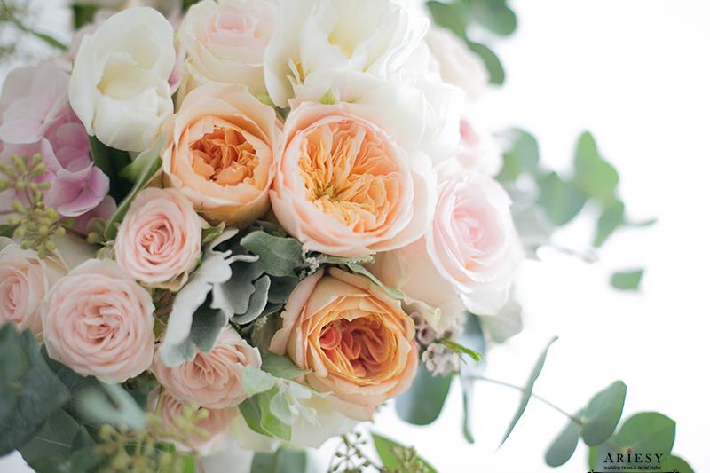 單眼皮新娘,新娘捧花,愛瑞思鮮花,ariesy,繽紛捧花,BOUQUET,新秘