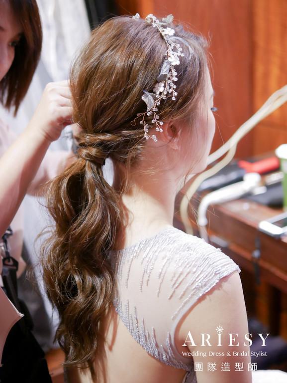 銀色禮服造型,敬酒髮型,新秘推薦,低馬尾造型,氣質新娘