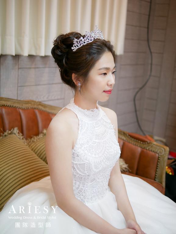 進場造型,單眼皮新娘,新娘造型,編髮造型,皇冠造型