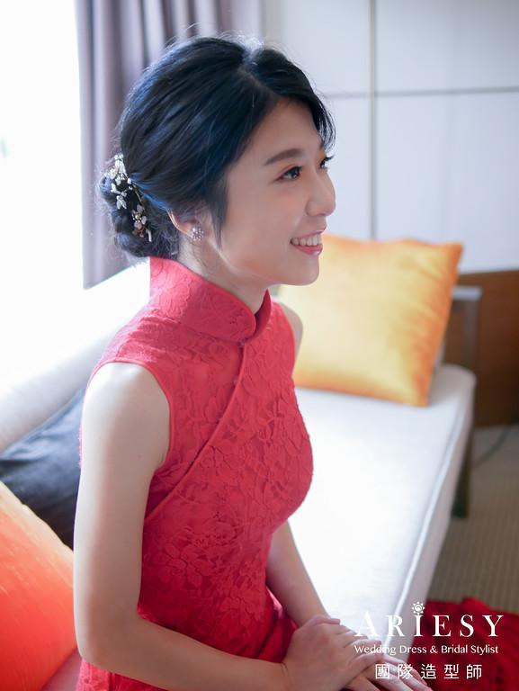 文定髮型,紅色禮服造型,新娘黑髮,單眼皮新娘,新娘髮型