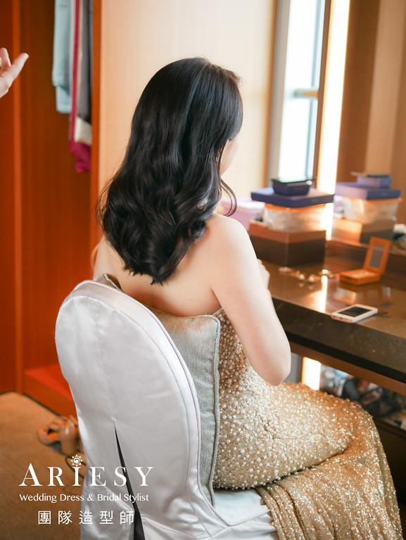 敬酒造型,新娘時尚造型,愛瑞思手工婚紗,金色禮服造型,愛瑞思手工婚紗