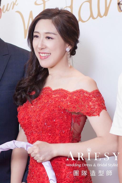 紅色禮服造型,送客髮型,新娘妝感,髮量少新娘,時尚造型