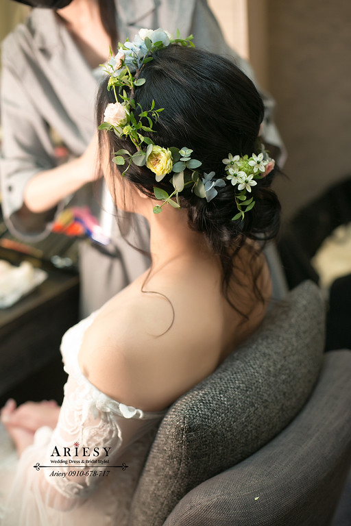 新娘秘書,台北新秘,黑髮新娘髮型,送客新娘造型,愛瑞思,ARIESY