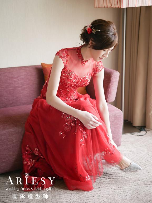 文定髮型,鮮花造型,新娘妝感,編髮造型,紅色禮服造型