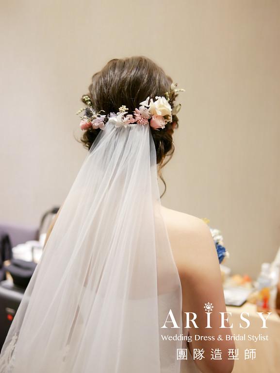 蓬鬆編髮,鮮花造型,自然妝感,短髮造型,白紗進場造型