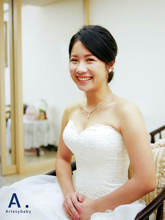 台北新秘,黑髮新娘造型,新娘妝感,新娘髮型,白紗髮型
