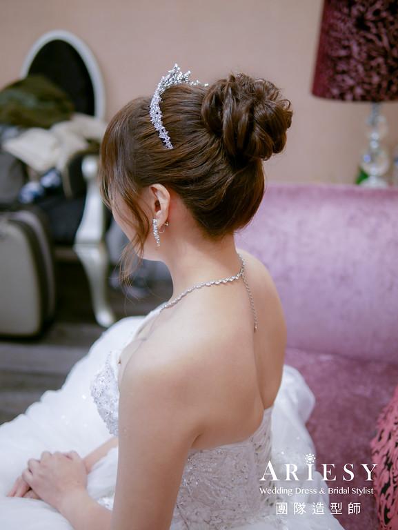 進場髮型,新娘白紗造型,皇冠造型,編髮造型,台北新秘