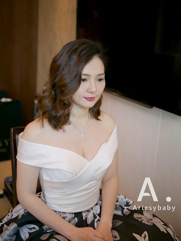 時尚新娘造型,台北新秘,鮮花造型,新娘髮型,新娘妝感