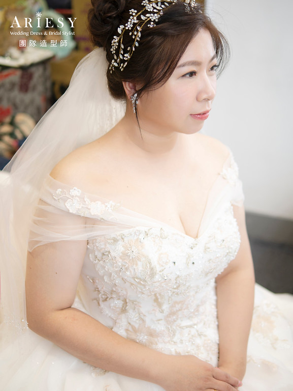 新娘秘書、編髮新娘造型、公主頭新娘髮型、甜美風格、花藝造型