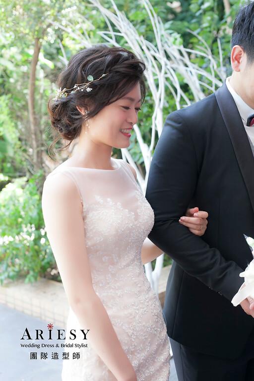 台北新祕,新娘秘書,新娘造型,自然清透妝感,蓬鬆編髮,新秘,新娘髮型