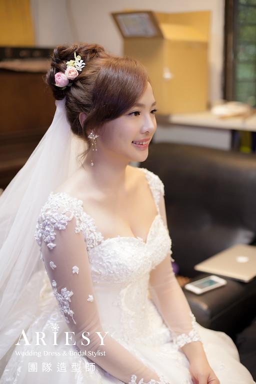 迎娶髮型,編髮,白紗新娘造型,新娘自然妝,新娘鮮花造型