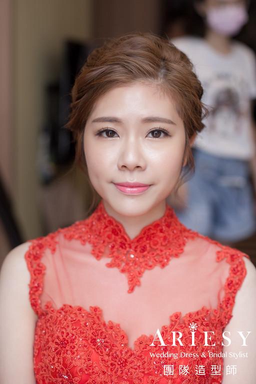 文定造型,旗袍造型,新娘自然妝感,新娘編髮,台北新秘推薦