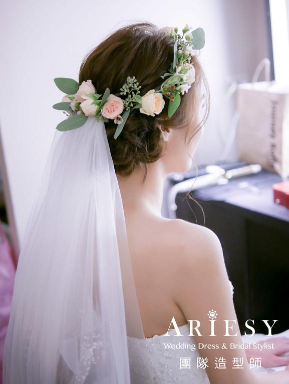 白紗進場髮型,新娘花圈,新秘花藝,新秘,新娘髮型
