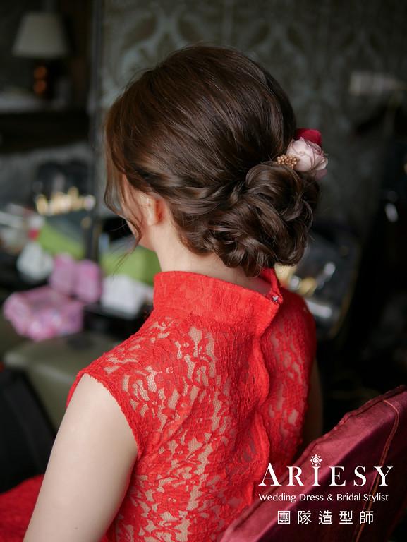 文定造型,紅色禮服造型,旗袍造型,新娘編髮,新秘花藝