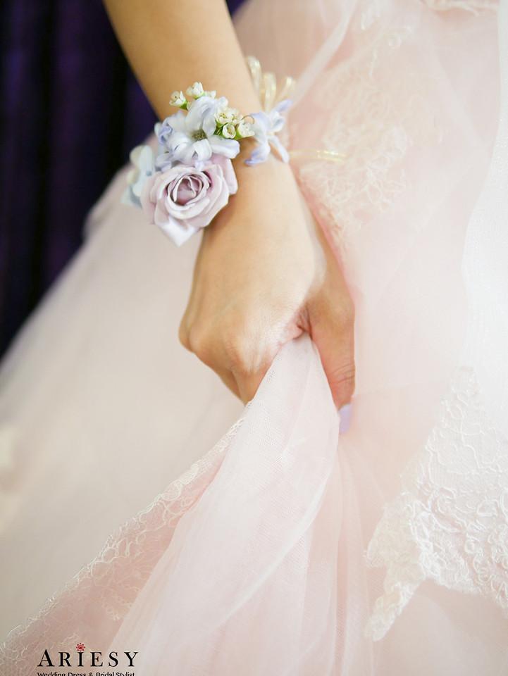 新娘秘書,台北鮮花新秘,新娘捧花,歐美捧花,送客造型,花圈造型,手腕花