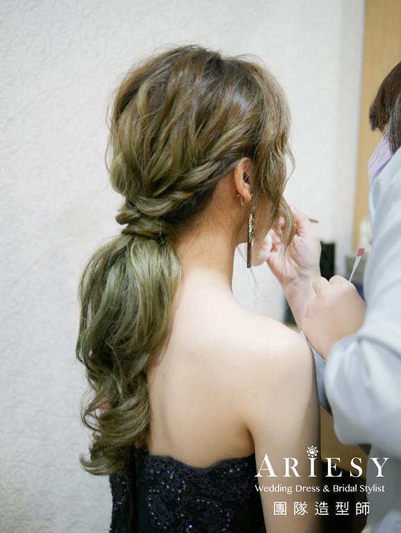 深藍色禮服造型,送客髮型,時尚造型,低馬尾造型,歐美風格