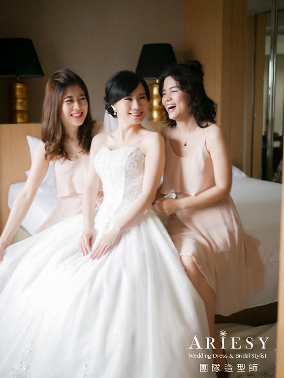 迎娶髮型,短髮新娘,白紗新娘造型,新秘花藝,新娘鮮花造型