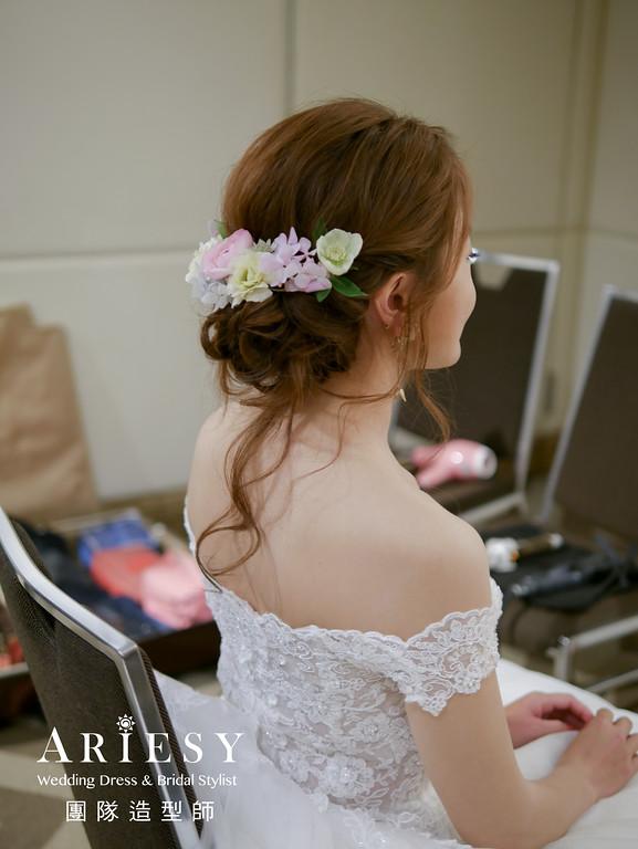 白紗進場髮型,新娘鮮花造型,捧花,歐美盤髮,新娘妝