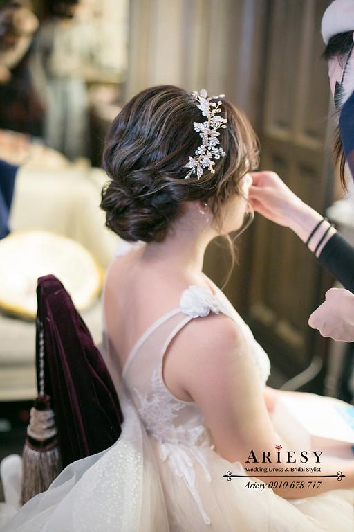 君品白紗新娘房,精緻新娘妝感,鮮花新娘造型,愛瑞思,ARIESY,新秘,新娘秘書,新秘推薦