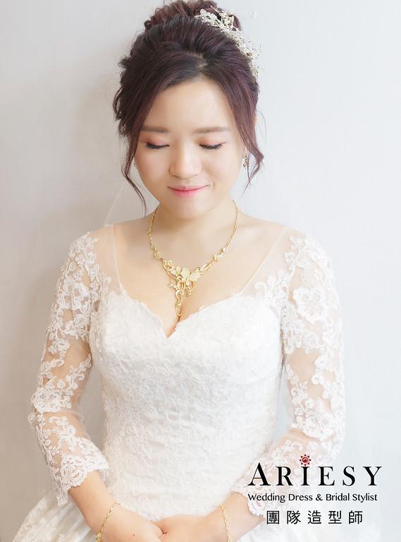 新娘秘書、花藝新娘造型、白紗皇冠造型、編髮新娘造型、新莊新秘