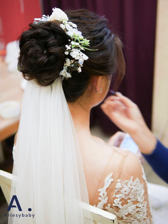 新祕,新娘祕書,進場造型,黑髮新娘造型,Ariesybaby造型團隊,花藝造型