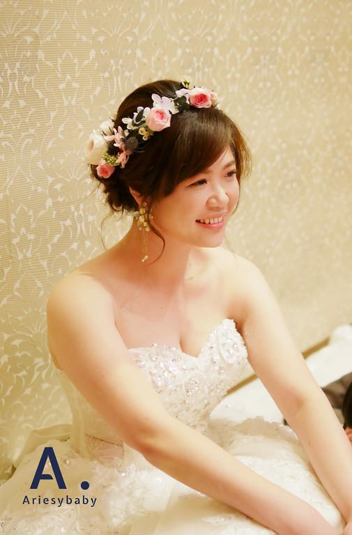 ariesybaby新秘團隊,新娘秘書,文定髮型,鮮花新娘造型