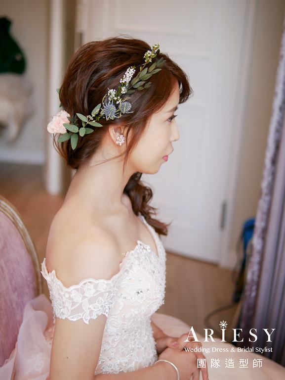 粉色禮服造型,送客髮型,歐美風格,新秘花藝,新娘花圈