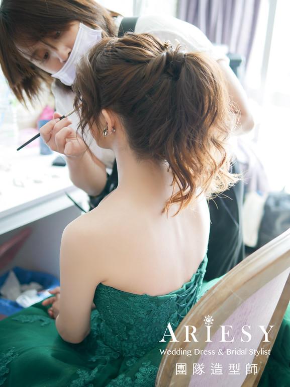 綠色禮服造型,敬酒髮型,新娘髮型,新娘自然妝,歐美風格