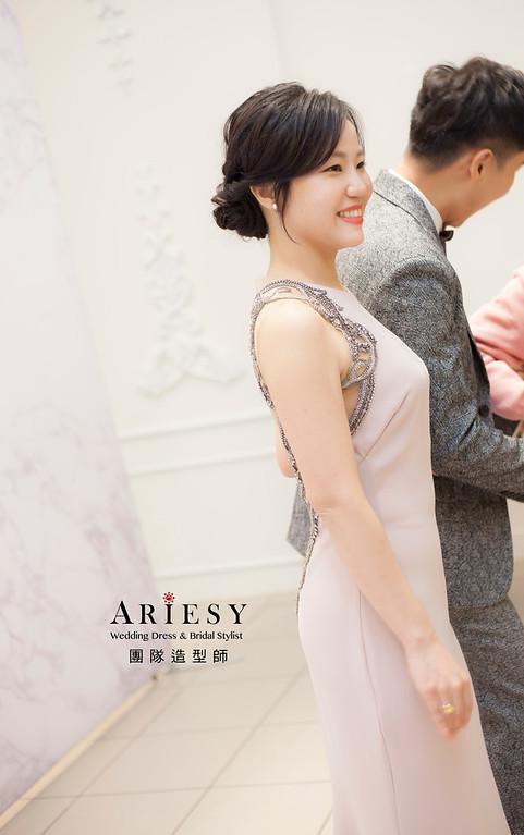 新祕,新娘秘書,新娘造型,自然清透妝感,自然蓬鬆編髮,黑髮新娘,新娘髮型,盤髮造型