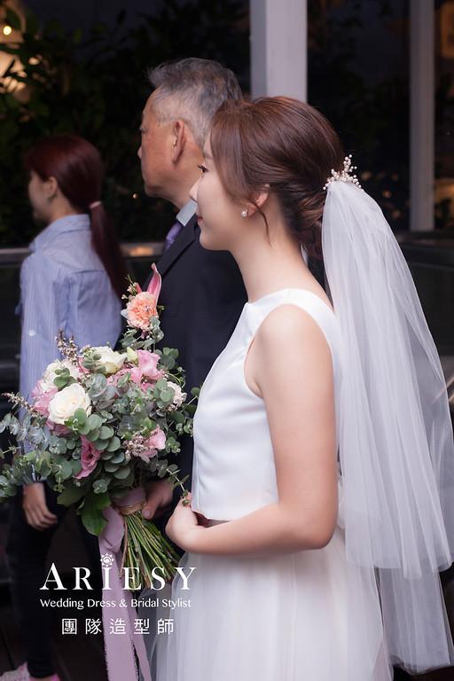 台北新祕,新娘秘書,新娘造型,新娘編髮,白紗造型,自然清透妝感,新娘髮型,戶外證婚造型,推薦新秘