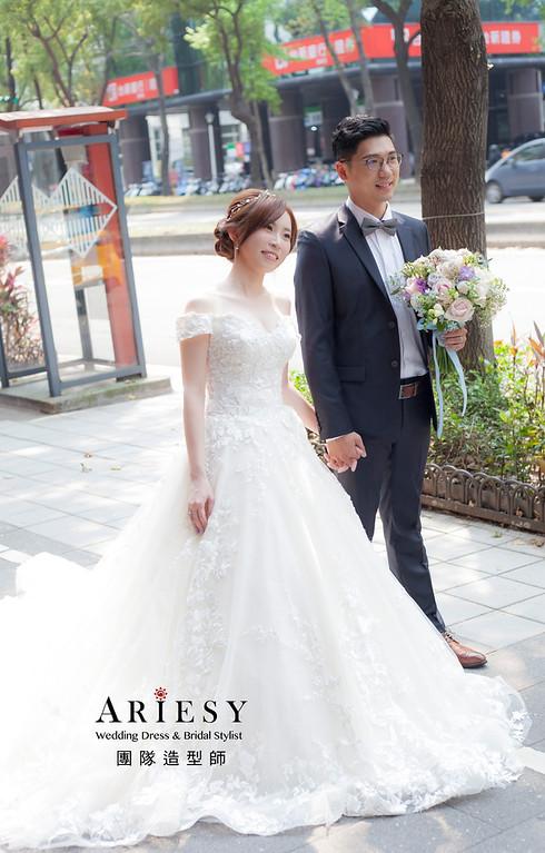 台北新祕,新娘秘書,新娘造型,蓬鬆編髮,白紗造型,自然清透妝感,新娘髮型,盤髮造型,推薦新秘