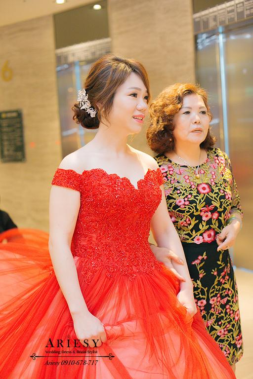 新娘修容,花牆婚紗,新莊頤品,蘿亞婚紗,紅色禮服髮型,文定盤髮