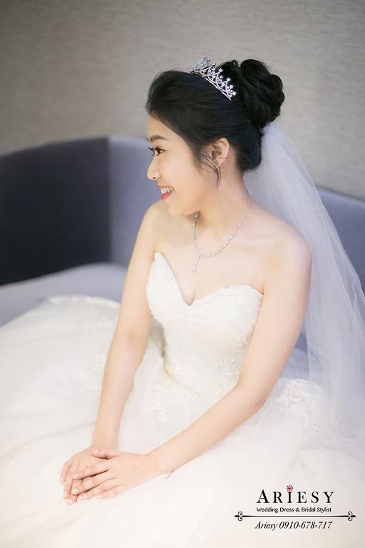 新娘秘書,黑髮新秘,愛瑞思,ARIESY,新莊頤品婚宴,白紗新娘造型
