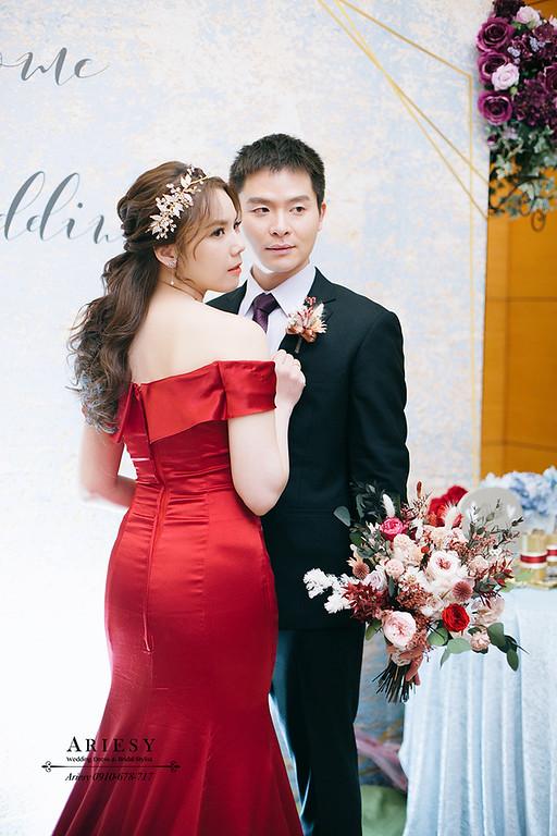 送客新娘造型,愛瑞思,ariesy,細軟髮新娘,台北新秘,新娘秘書,新秘推薦