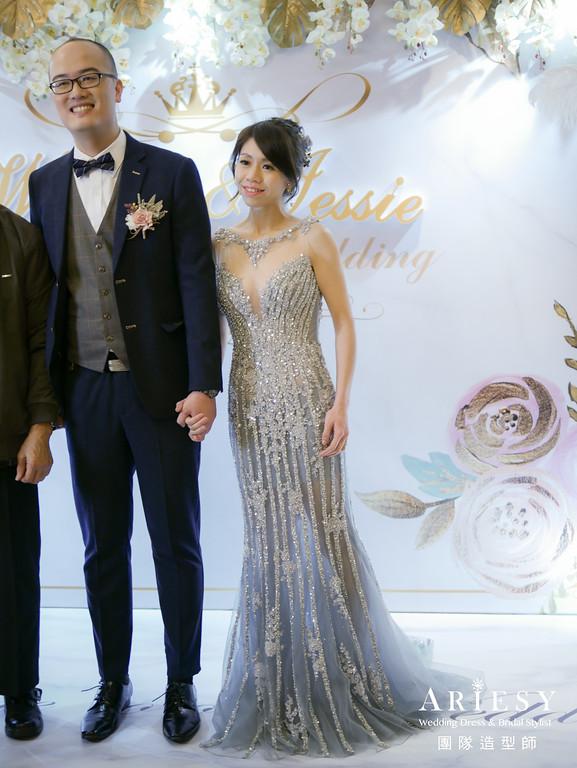 敬酒造型,銀色禮服造型,甜美新娘造型,新秘花藝,果實飾品