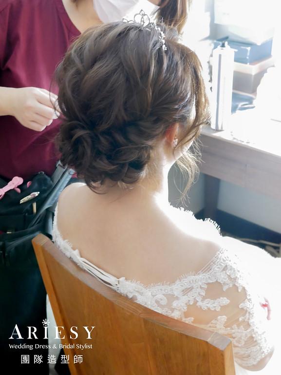 白紗進場髮型,新娘皇冠造型,台北新娘秘書,新秘編髮,日系編髮