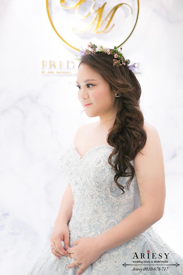 台北新娘秘書,晶華酒店新秘,鮮花造型,新娘花圈,髮量少新娘髮型