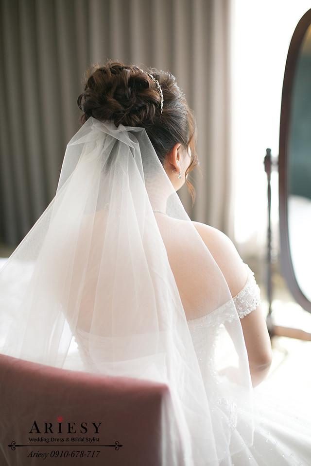 新娘秘書,晶華酒店新秘,粉色繡球花新娘造型,新娘花圈,髮量少新娘