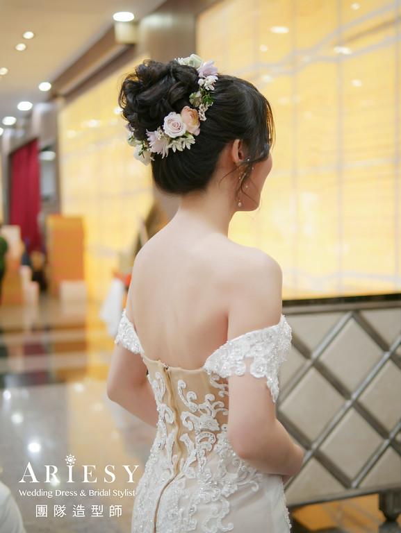 白紗進場髮型,新娘花圈造型,新娘自然妝,新秘花藝,新娘鮮花造型
