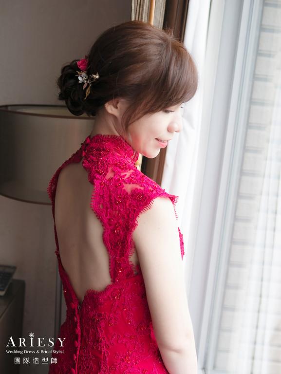 新娘秘書、乾淨低盤髮造型、白紗迎娶造型、自然輕透妝感、新秘