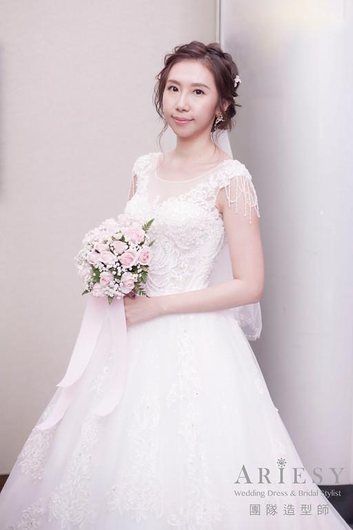 白紗進場髮型,編髮造型,鮮花造型,新娘髮型,新秘花藝