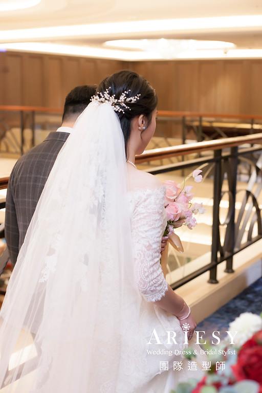 台南新祕,新娘秘書,新娘造型,新娘編髮,白紗造型,清透妝感,新娘髮型,編髮造型,推薦新秘,黑髮新娘