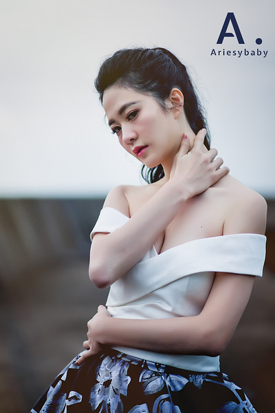 新娘髮型,黑髮新娘造型,馬尾造型,新娘秘書,愛瑞思品牌訂製手工婚紗