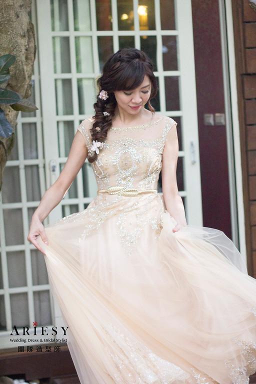 新娘秘書,新秘造型,自然清透妝感,鮮花造型,戶外婚禮造型